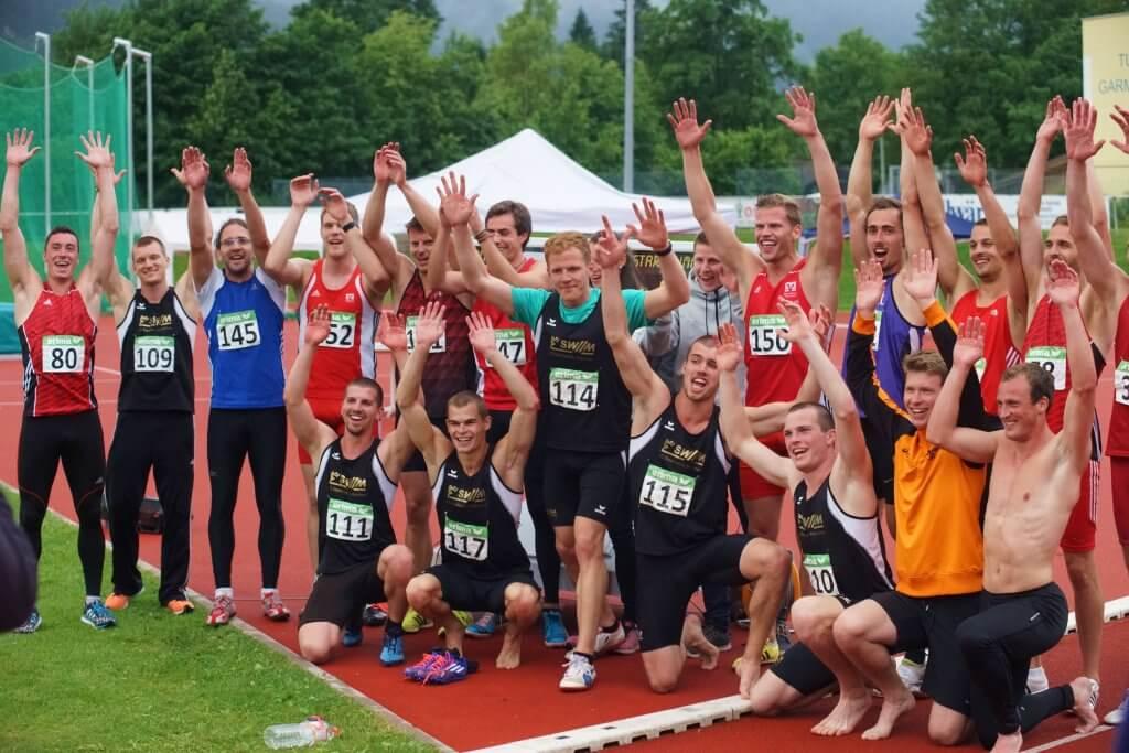 Gruppenfoto Zehnkämpfer nach dem Wettkampf